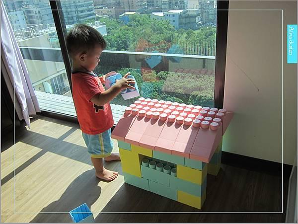 【無毒兒童玩具】Bei'sBaby貝斯寶貝,好玩的益智積木,尺寸巨大,安全輕巧,顏色粉嫩,增進親子互動-17.jpg