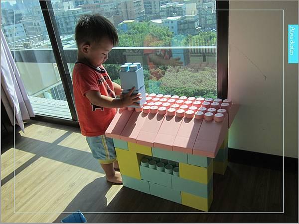 【無毒兒童玩具】Bei'sBaby貝斯寶貝,好玩的益智積木,尺寸巨大,安全輕巧,顏色粉嫩,增進親子互動-18.jpg