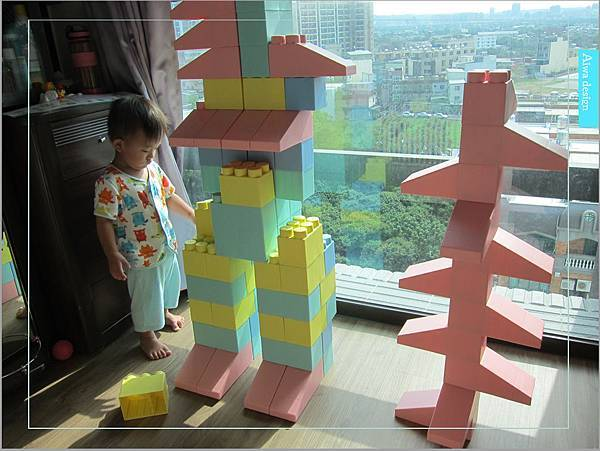 【無毒兒童玩具】Bei'sBaby貝斯寶貝,好玩的益智積木,尺寸巨大,安全輕巧,顏色粉嫩,增進親子互動-29.jpg