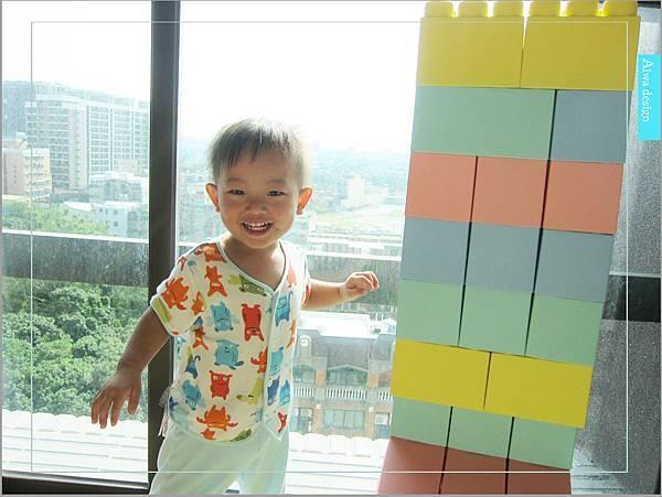 【無毒兒童玩具】Bei'sBaby貝斯寶貝,好玩的益智積木,尺寸巨大,安全輕巧,顏色粉嫩,增進親子互動-32.jpg