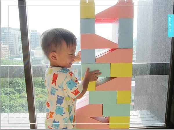 【無毒兒童玩具】Bei'sBaby貝斯寶貝,好玩的益智積木,尺寸巨大,安全輕巧,顏色粉嫩,增進親子互動-34.jpg