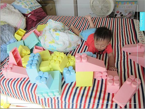 【無毒兒童玩具】Bei'sBaby貝斯寶貝,好玩的益智積木,尺寸巨大,安全輕巧,顏色粉嫩,增進親子互動-39.jpg