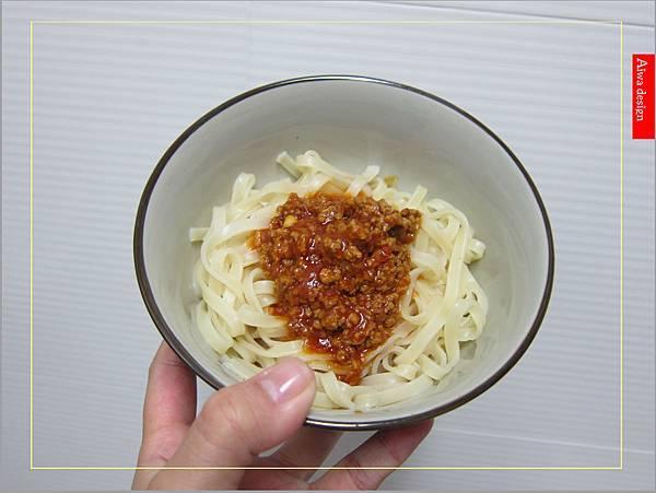金博概念皇家松露雞湯,隨時享用如私廚現煮!湯汁清爽鮮甜。金博概念皇家番茄酢醬麵,只要5分鐘,在家輕鬆吃好料-20.jpg