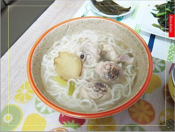 金博概念皇家松露雞湯,隨時享用如私廚現煮!湯汁清爽鮮甜。金博概念皇家番茄酢醬麵,只要5分鐘,在家輕鬆吃好料-40.jpg