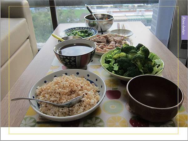 《華膳空廚》天涼就要喝湯啊!巴西蘑菇珍寶湯,融入蔬菜熬製而成的高湯,滋味鮮美甘甜-05.jpg