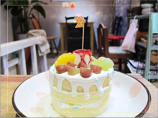 甜蜜又夢幻的水果派對戚風蛋糕,隱身巷弄間的《Simple 簡單吃》-02.jpg