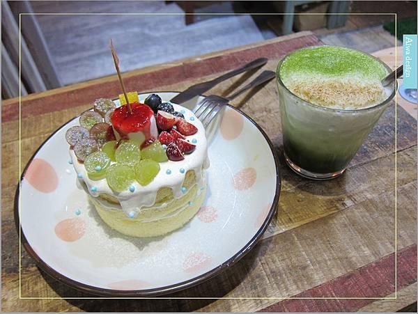 甜蜜又夢幻的水果派對戚風蛋糕,隱身巷弄間的《Simple 簡單吃》-04.jpg