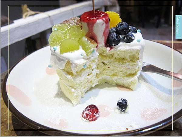 甜蜜又夢幻的水果派對戚風蛋糕,隱身巷弄間的《Simple 簡單吃》-27.jpg