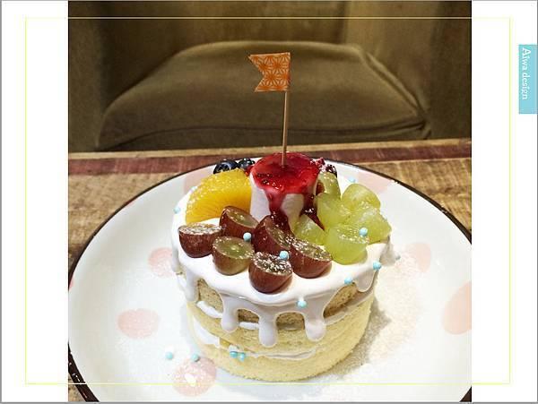 甜蜜又夢幻的水果派對戚風蛋糕,隱身巷弄間的《Simple 簡單吃》-36.jpg