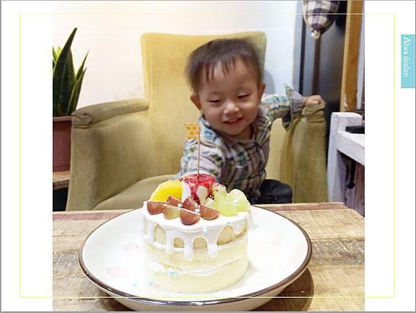甜蜜又夢幻的水果派對戚風蛋糕,隱身巷弄間的《Simple 簡單吃》-37.jpg