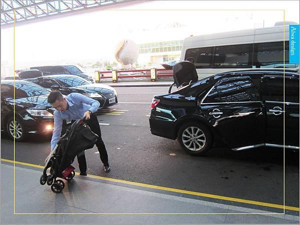 【新竹縣市機場接送推薦】鼎鋒租賃車,專業的機場接送,司機素質良好,合法經營,安全迅速-09.jpg