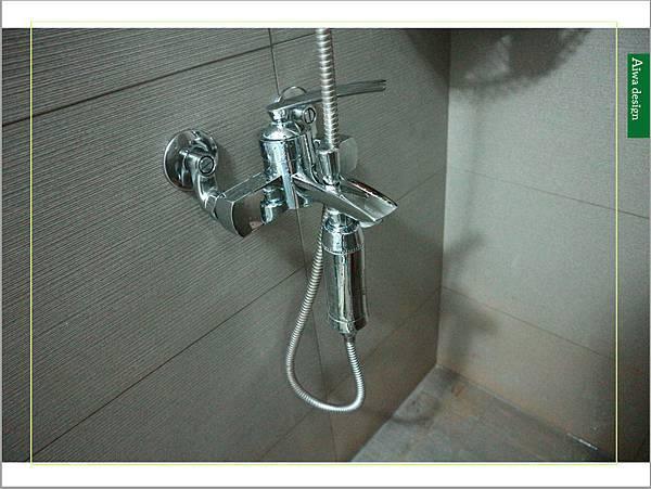 居家清潔《海麗士》水垢清潔、馬桶汙垢通通一網打盡!超好用的浴廁清潔劑,讓浴室煥然一新-25.jpg