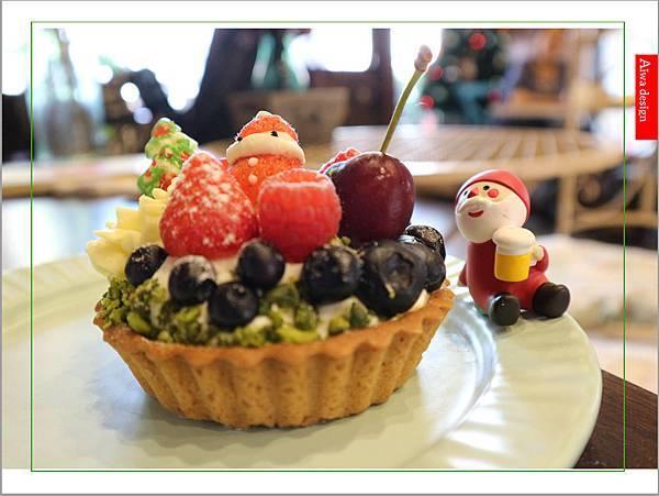 【聖誕萬歲,可愛無罪】哈甜豬 Honey Piggy!手做甜點+夢幻水果塔,一起來享受甜蜜又美味的童話世界下午茶-01.jpg