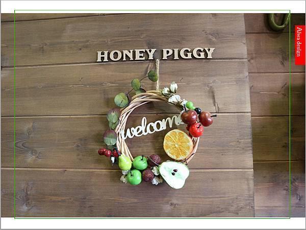 【聖誕萬歲,可愛無罪】哈甜豬 Honey Piggy!手做甜點+夢幻水果塔,一起來享受甜蜜又美味的童話世界下午茶-11.jpg