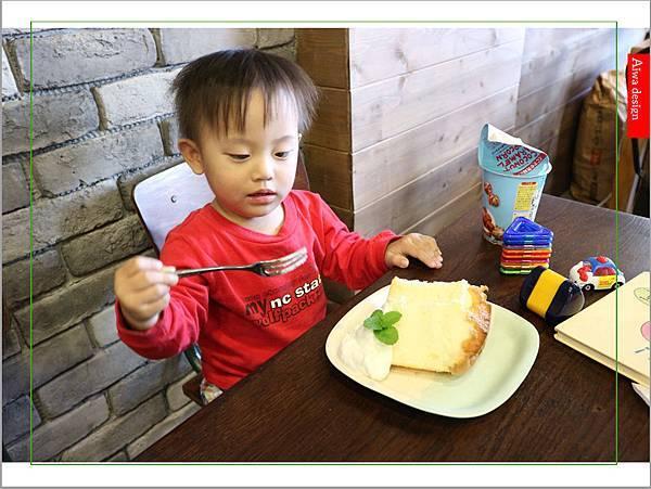 【聖誕萬歲,可愛無罪】哈甜豬 Honey Piggy!手做甜點+夢幻水果塔,一起來享受甜蜜又美味的童話世界下午茶-34.jpg