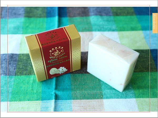 【肌膚清潔】泰國雙燕金絲燕窩手工皂,純手工製造,氣味清香-06.jpg