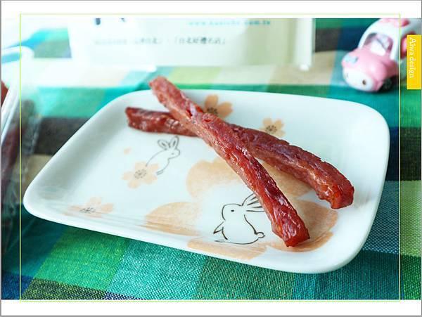 【宅配美食:快車肉乾】人生就是無肉不歡!招牌特厚蜜汁肉乾口感扎實,鹹甜滋味超迷人-22.jpg
