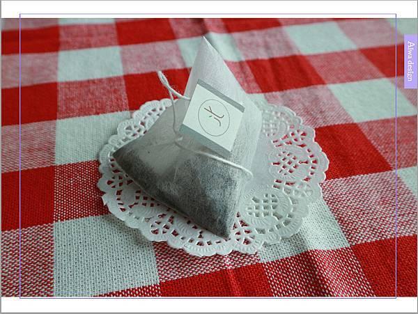 【宅配美食到我家】uniTree牛樟新葉思寧茶,不含咖啡因,帶有清雅香甜的檸檬香-06.jpg