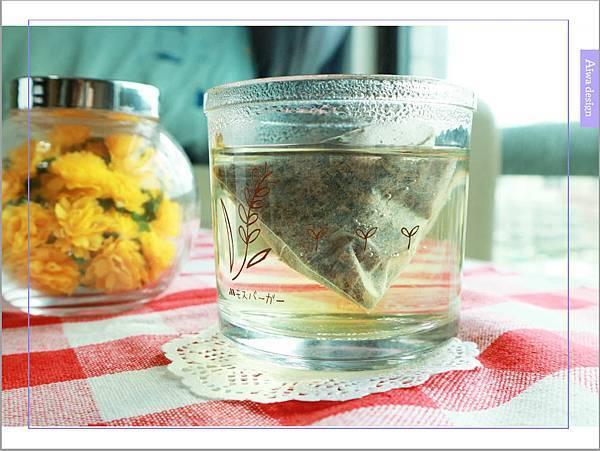 【宅配美食到我家】uniTree牛樟新葉思寧茶,不含咖啡因,帶有清雅香甜的檸檬香-11.jpg