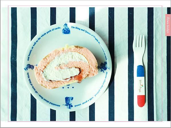 【宅配美食到我家】櫻和堂│手作生乳捲│超美味的宅配蛋糕│抹茶黑糖心+花樣草莓-11.jpg