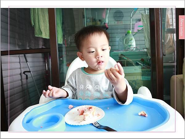 【宅配美食到我家】櫻和堂│手作生乳捲│超美味的宅配蛋糕│抹茶黑糖心+花樣草莓-16.jpg