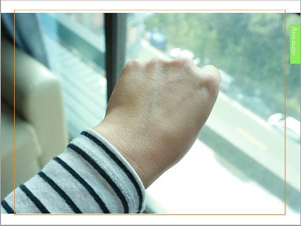 【育兒好物】天然保濕零負擔,呵護寶寶脆弱肌膚的首選, Combi 舒敏滋養乳液-06.jpg