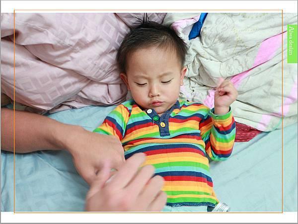 【育兒好物】天然保濕零負擔,呵護寶寶脆弱肌膚的首選, Combi 舒敏滋養乳液-18.jpg