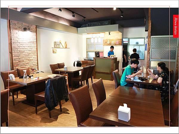 【新竹美食週記】喜樂韓式料理-山上的階梯。海鮮煎餅料多味美。道道地地的韓式料理。小菜無限供應。好停車-15.jpg