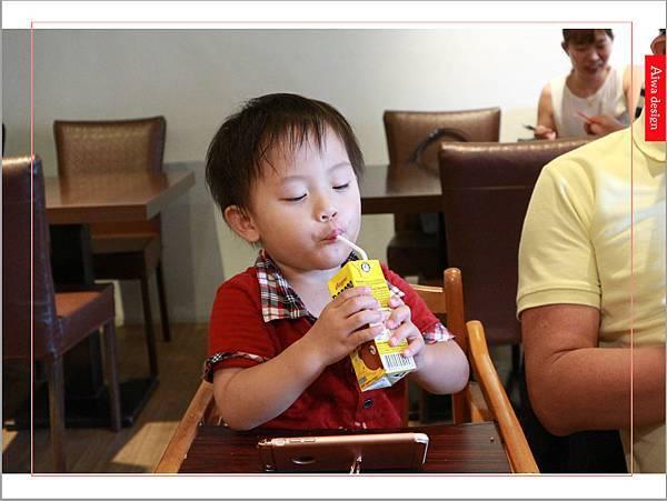 【新竹美食週記】喜樂韓式料理-山上的階梯。海鮮煎餅料多味美。道道地地的韓式料理。小菜無限供應。好停車-35.jpg