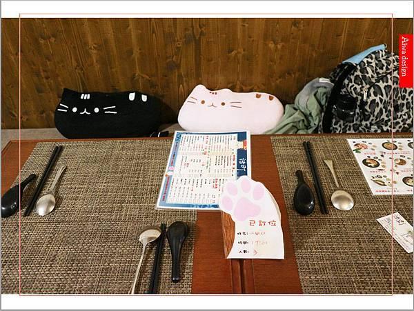【新竹美食週記】貓町,洋食創意料理餐廳,CP值超高的套餐,貓奴必訪的主題餐廳!寵物友善餐廳-30.jpg