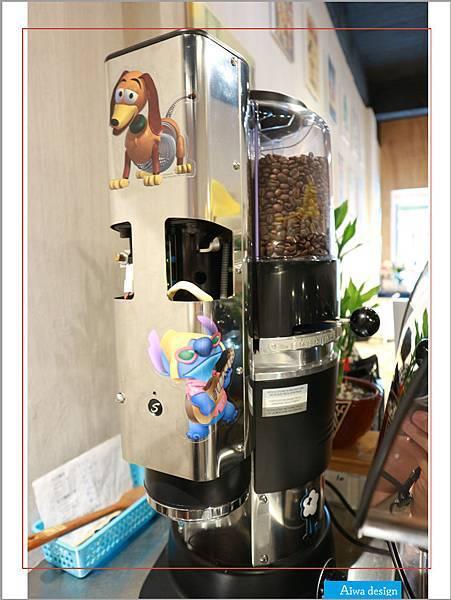 【新竹美食週記】聚咖啡 together cafe,上班族外帶咖啡專門店,環境友善,平價的好味道-10.jpg