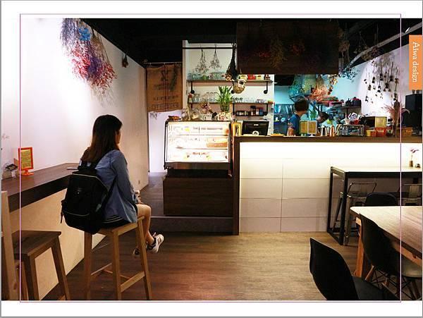 【新竹美食週記】About Café,新竹早午餐推薦,蛋糕減糖的下午茶店-12.jpg