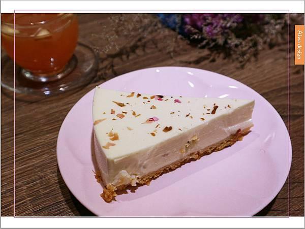 【新竹美食週記】About Café,新竹早午餐推薦,蛋糕減糖的下午茶店-34.jpg
