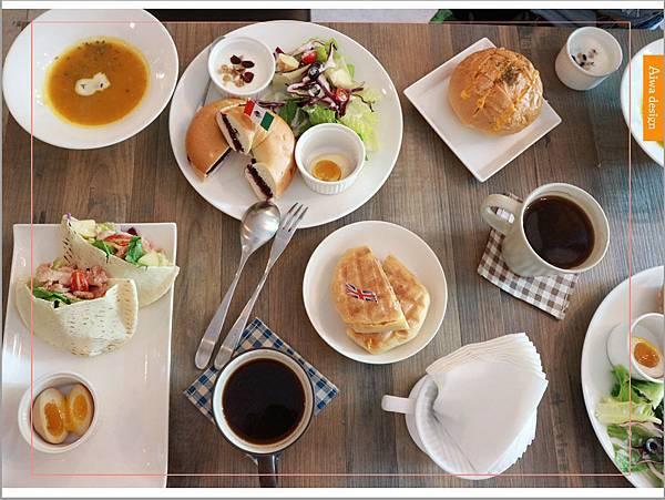 【新竹美食週記】楓咖啡,輕食早午餐美味滿分,堅持烘培生豆鮮煮好味-01.jpg