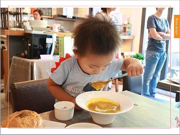 【新竹美食週記】楓咖啡,輕食早午餐美味滿分,堅持烘培生豆鮮煮好味-16.jpg