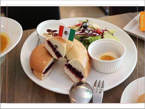 【新竹美食週記】楓咖啡,輕食早午餐美味滿分,堅持烘培生豆鮮煮好味-19.jpg