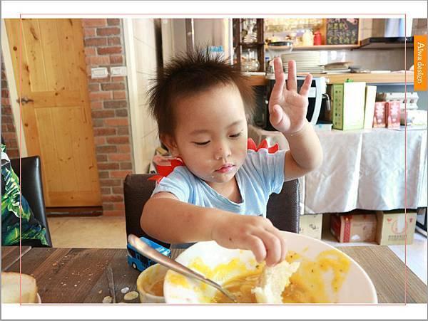 【新竹美食週記】楓咖啡,輕食早午餐美味滿分,堅持烘培生豆鮮煮好味-30.jpg