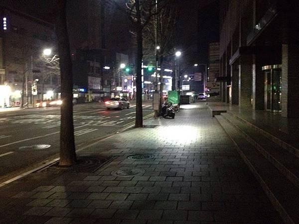晚上的南大門市場.jpg