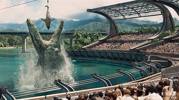 Jurassic-World05.jpg