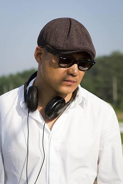 Director SONG_1