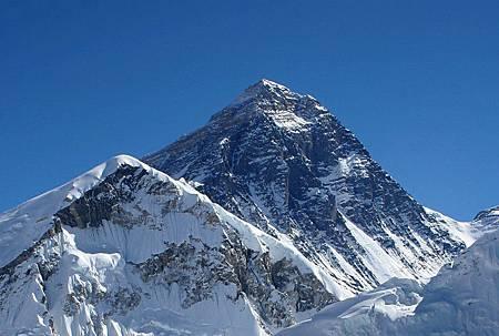 世界第一高峰    珠穆朗瑪峰