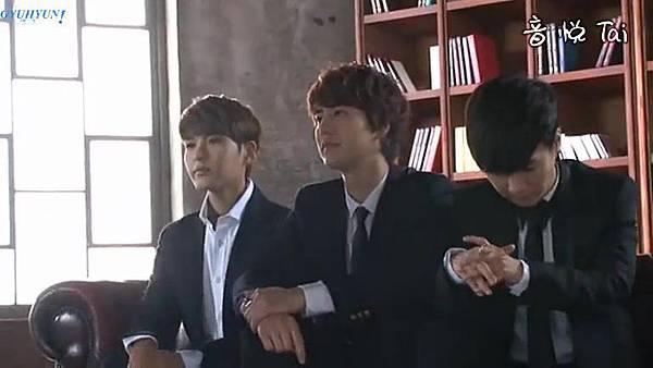 0001.音_臺-圭賢(Super Junior) - 花水木 MV拍攝花絮 中日字幕 065.jpg