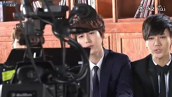 0001.音_臺-圭賢(Super Junior) - 花水木 MV拍攝花絮 中日字幕 067.jpg