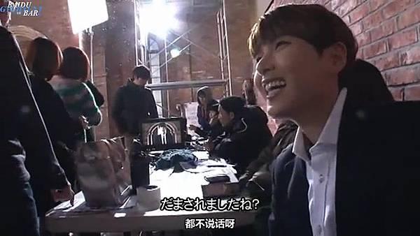 0001.音_臺-圭賢(Super Junior) - 花水木 MV拍攝花絮 中日字幕 157.jpg