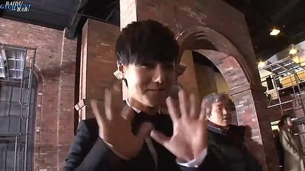 0001.音_臺-圭賢(Super Junior) - 花水木 MV拍攝花絮 中日字幕 302.jpg