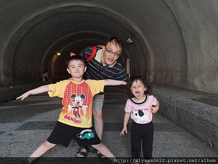 0703隧道口三人合照