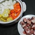 三色排骨湯材料2