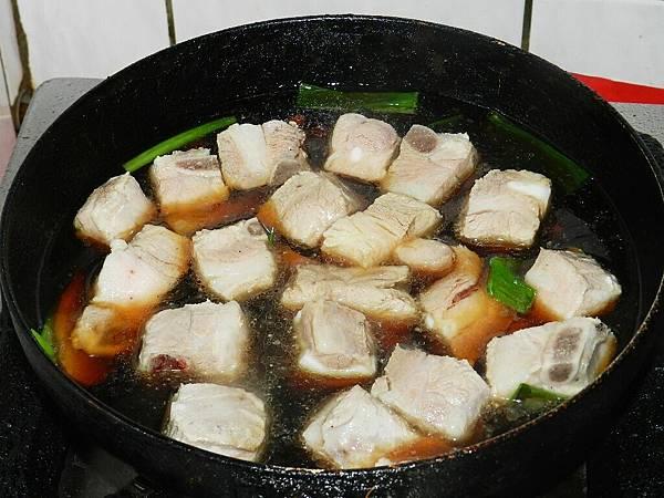蔥燒肋排下醬汁