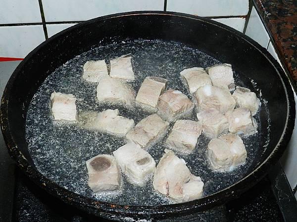 蔥燒肋排燙肉