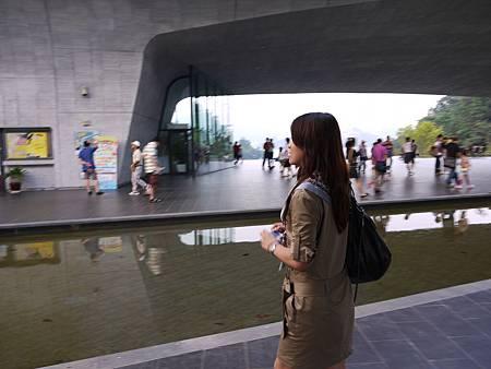向山旅遊中心01